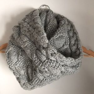 Gap Cable Knit Infinity Scarf